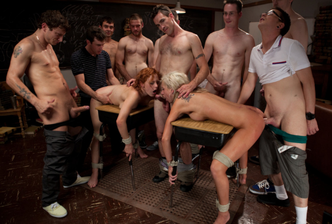 Great fetish porn site for group sex videos.