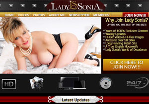 Excellent paid porn site for sexy MILF models.